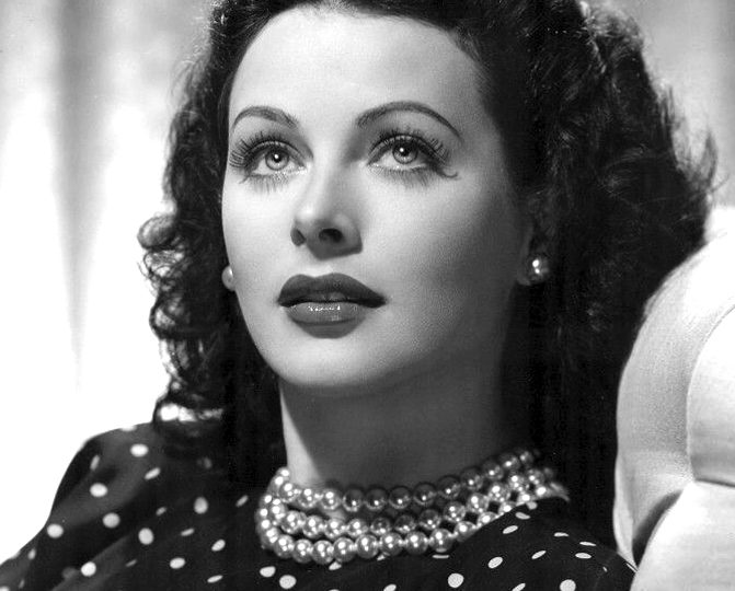 Brains and Beauty : the life and style of Hedy Lamarr